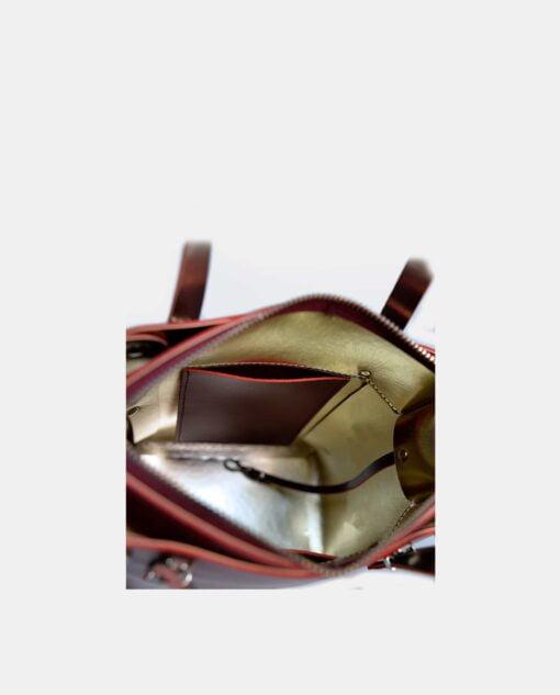 detalle de bolsillo de móvil