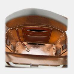 Detalle tarjetero bolso piel