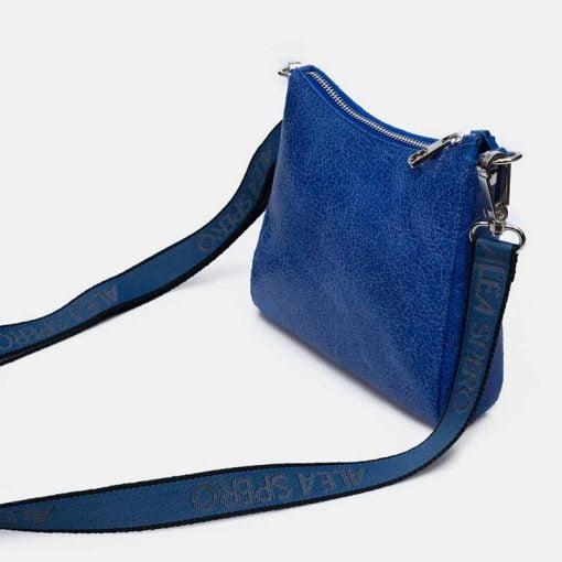 bolso-azul-bandolera-piel
